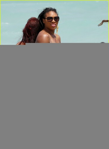 Serena Williams: Bikini pantai Body!
