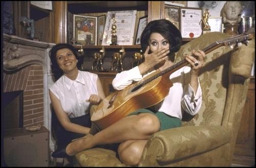 索菲亚·罗兰 壁纸 entitled Sophia Loren