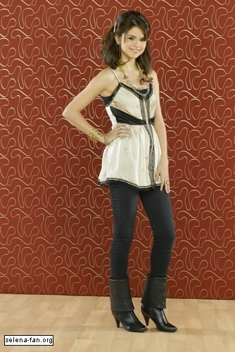 Wizards of waverly place 4 promoshoot