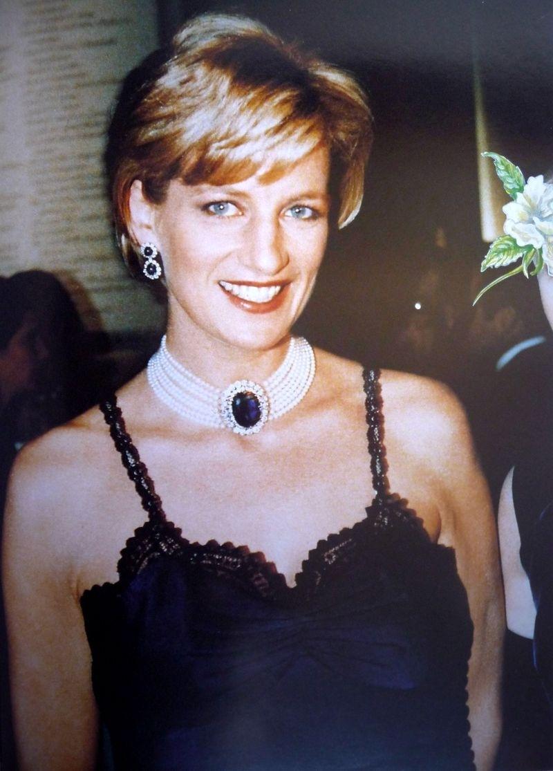 Diana princess diana photo 21136885 fanpop for Princess diana new photos