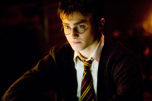 Filme Male Characters Hintergrund possibly with a business suit and a suit titled harry potter