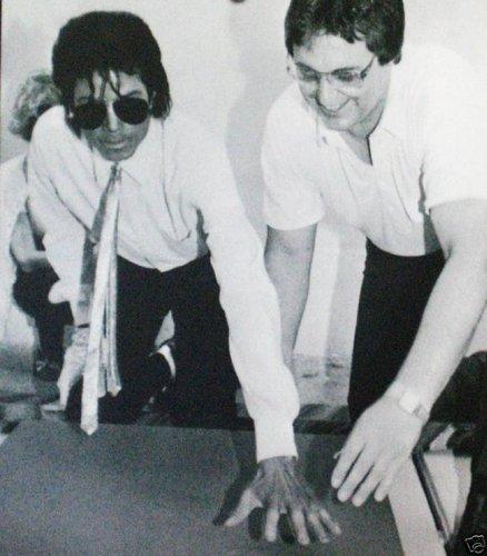 <3 I pag-ibig you Michael <3
