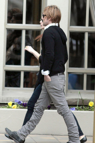 Ashley Greene And Jackson Rathbone Out And About In Vancouver