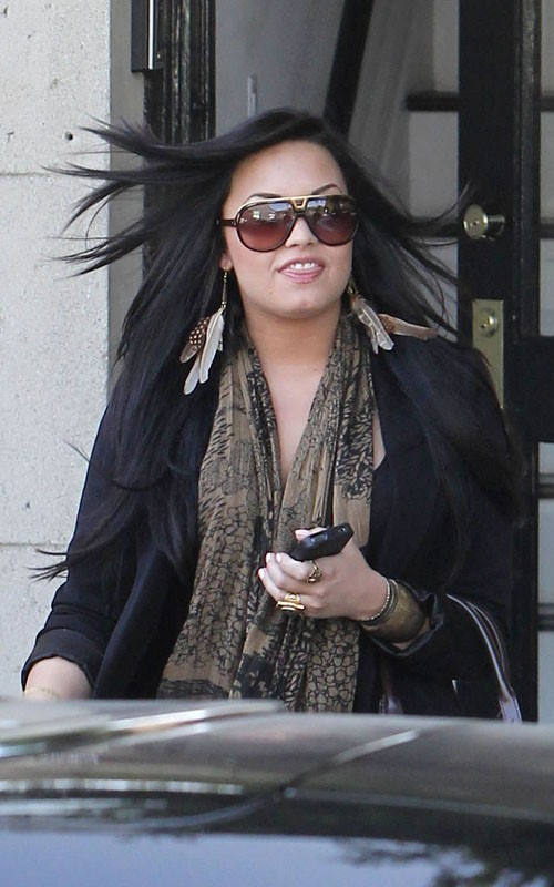demi lovato fat 2011. demi lovato 2011 fat. fat demi