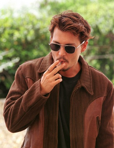 Johnny Depp wallpaper containing sunglasses entitled Johnny Depp