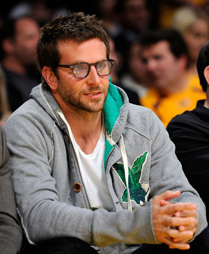 Bradley Cooper wallpaper titled Laker Game 4*19*11