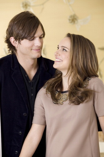 Natalie Portman and Ashton Kutcher Photoshot