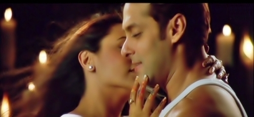 http://images4.fanpop.com/image/photos/21200000/Rani-n-Salman-Baabul-bollywood-21262183-500-231.jpg