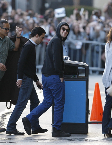 Rob Arriving at Jimmy Kimmel Live