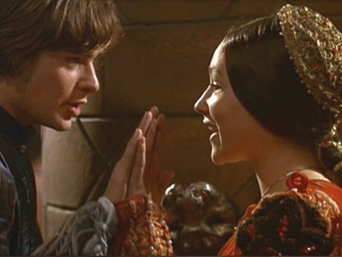 1968 Romeo and Juliet by Franco Zeffirelli wallpaper with a bouquet titled Romeo & Juliet