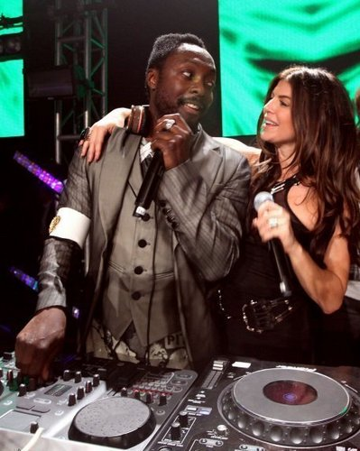 Will.I.Am. and fergie - CUTE!