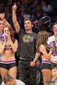 ZAC & DYLAN EFRON WATCH LAKERS