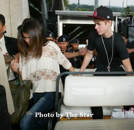 justin and selena in asia