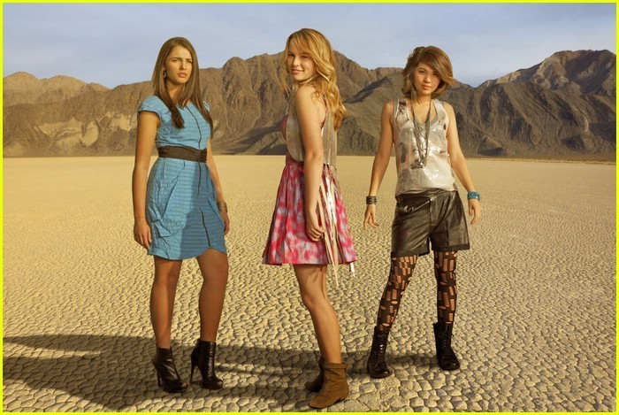 Lemonade Mouth: Mo (Naomi Scott), Olivia (Bridgit Mendler), Stella (Hayley Kiyoko)
