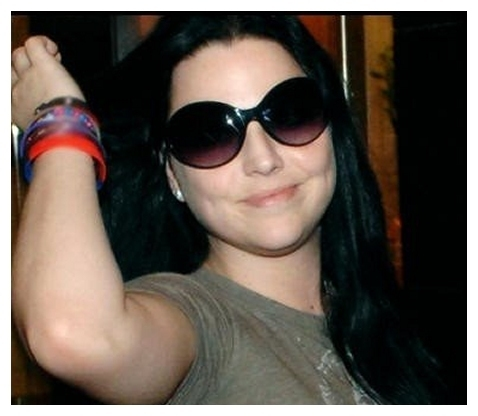 Evanescence wallpaper with sunglasses titled Amy Lee