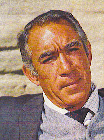 anthony quinn height
