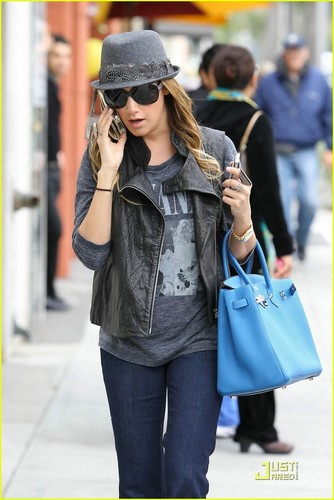Ashley Tisdale: Birkin Bag in Beverly Hills!