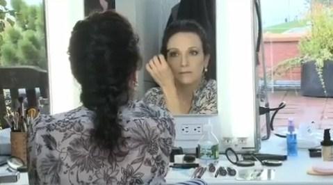 Bebe doing Make-Up