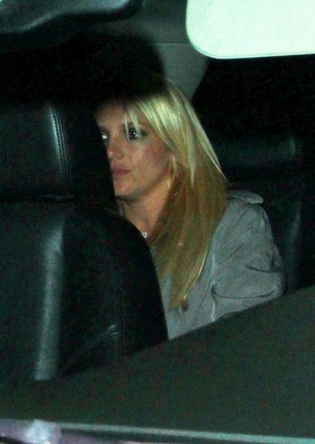 Britney - Leaving Troubadour club heading to the Factory nightclub in West Hollywood - 22 April 2011