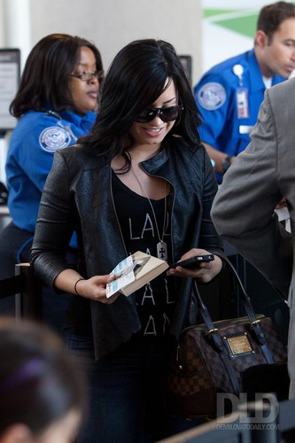 Demi - Arriving at LAX - Arriving at LAX - 23 April 2011 HQ