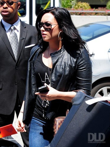 Demi - Arriving at LAX - Arriving at LAX - 23 April 2011 HQ