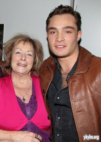 "Ed Westwick Visits Broadway's ""Catch Me If आप Can"""