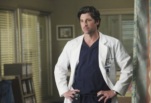 Grey's Anatomy پیپر وال possibly with a business suit titled Episode 7.21 - I Will Survive - Promo تصاویر