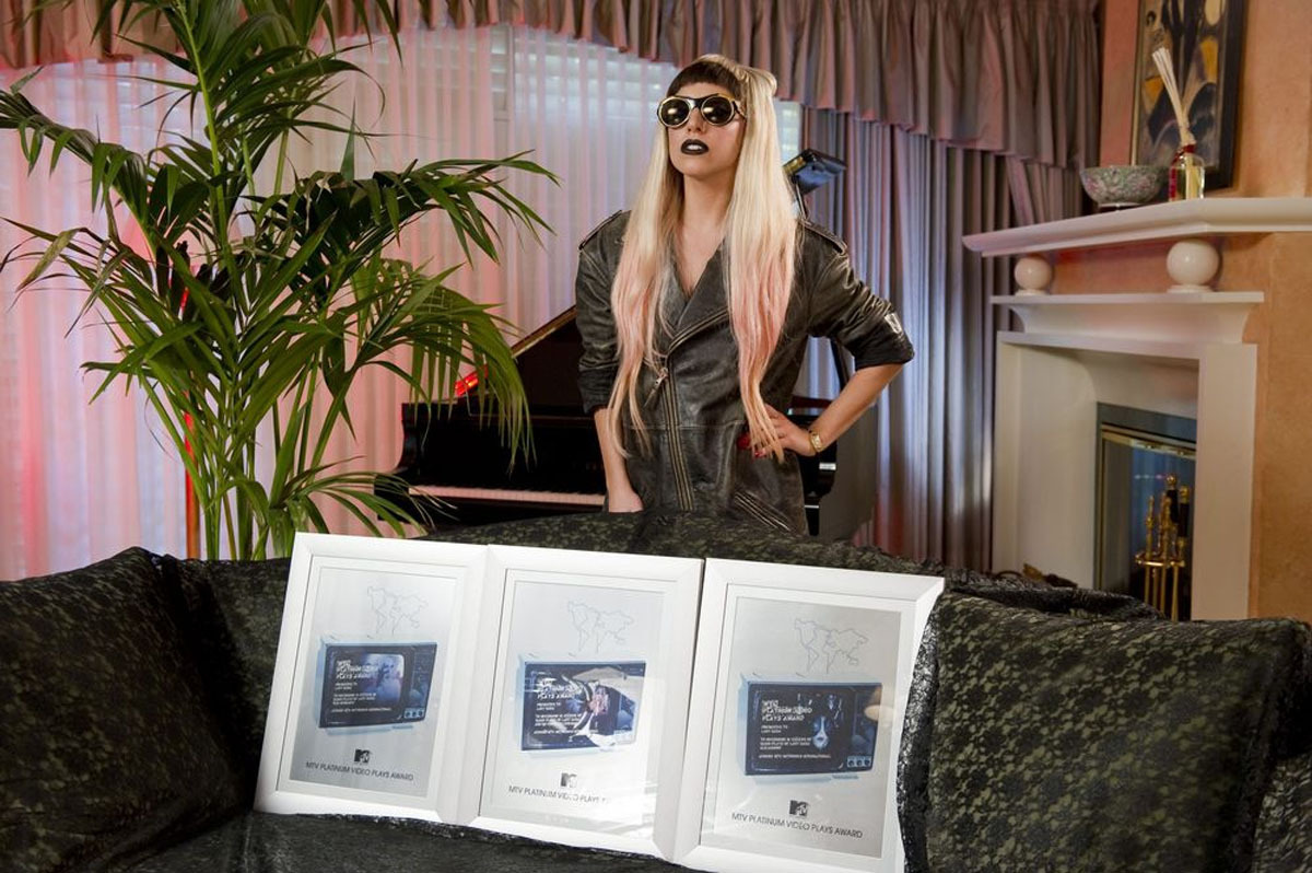 Gaga - lady-gaga photo