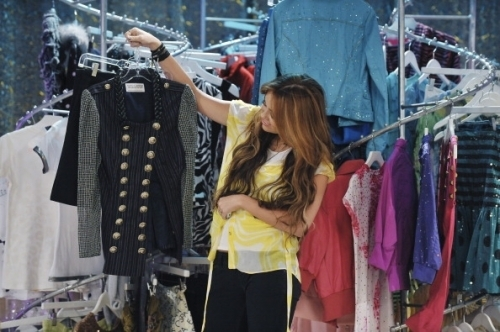 Hannah Montana Season 4 Promotional Photoshot From I'll Always Remember あなた
