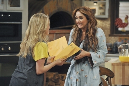 Hannah Montana Season 4 Promotional Photoshot From I'll Always Remember 你