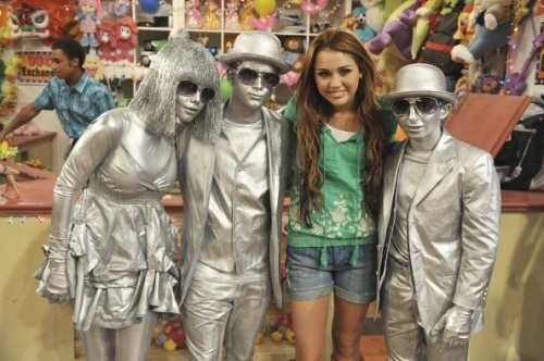Hannah Montana Season 4 Promotional Photoshot From I'll Always Remember tu