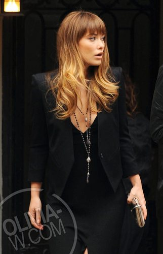 Heading to the Chelsea Clearview Cinema in NYC [April 22, 2011]