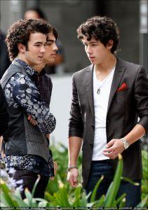 Joe Jonas Candid!