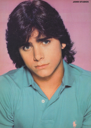 John Stamos fond d'écran possibly with a portrait entitled John Stamos