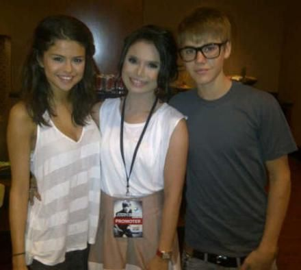 Justin Bieber und Selena Gomez Hintergrund possibly containing a portrait entitled Justelena
