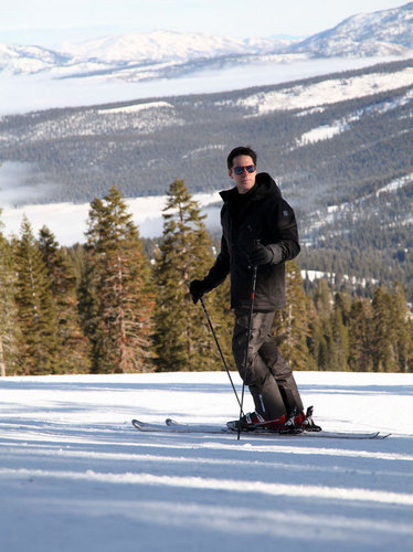 Thomas Gibson wallpaper possibly with a ski resort entitled Mark Mann photoshoot in HQ