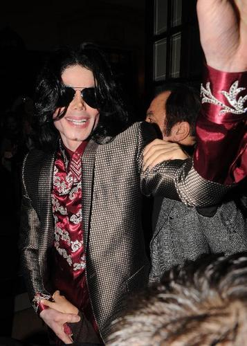 Michael at Londres Theatre