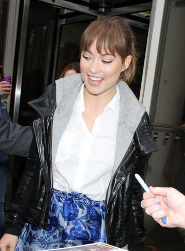 Olivia Wilde Arriving @ 'Live With Regis & Kelly'