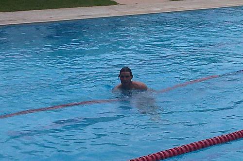 Rafa swimming !