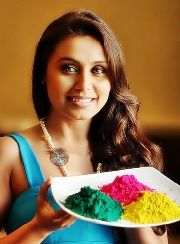 Rani Mukherjee Celebrate Holi and her Birthday 2011.
