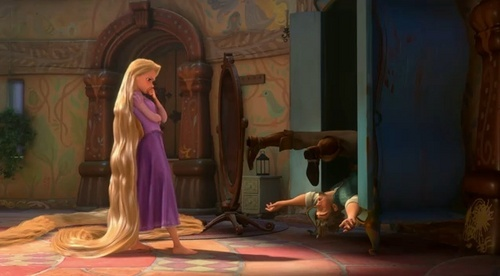 Disney's Rapunzel wallpaper probably containing a drawing room and a living room called Rapunzel/tangled