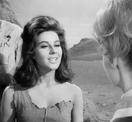 Lost In Space wallpaper containing a portrait called Sherry Jackson