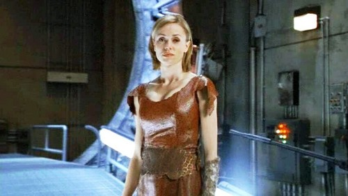 Stargate wallpaper probably with a caftan, a blouse, and a dashiki entitled Vanessa Angel