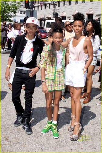 Willow Smith: White House Easter Egg Roll!