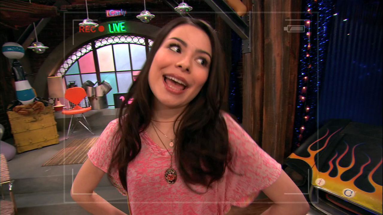 nude photos of icarly girls