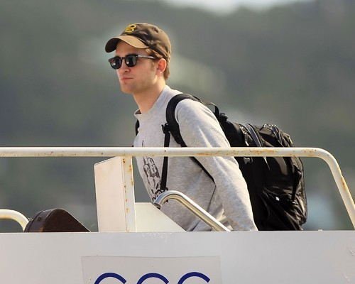 robert pattinson leaving st. thomas