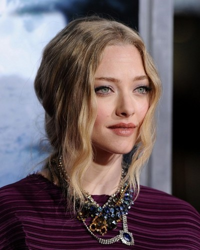 Amanda Seyfried at Red Riding hud, hood Premiere