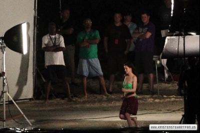 BD-On Set Filming In Caribbean-April 2011