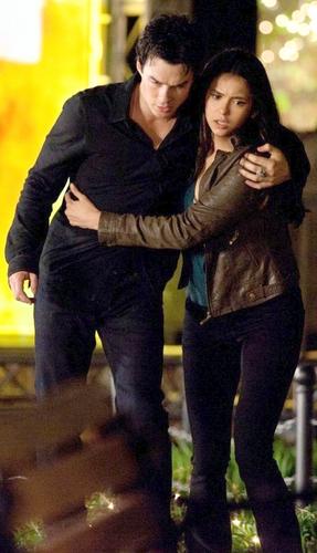 Damon/Elena ღ 2x22
