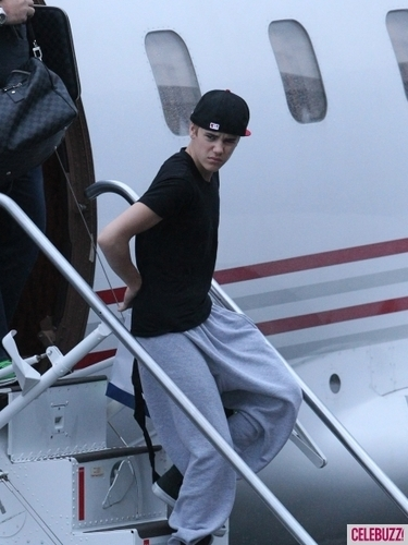 G'Day Mate! Justin Bieber Invades Brisbane
